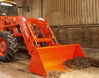 frontendloader5 Kubota M6040/M7040/M8540/M9540 Series Diesel Tractors - 60 - 95 HP Kubota M7040