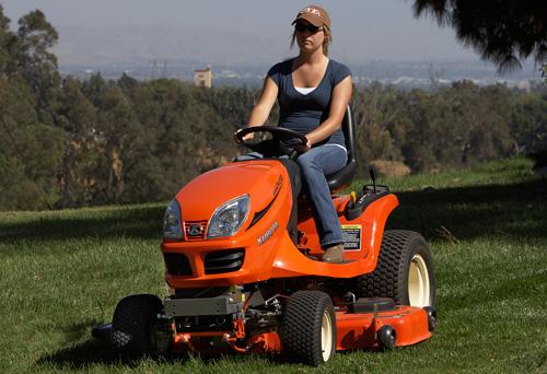 kubota gr2120 mower mowing