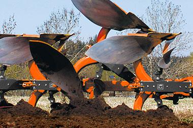 Auto reset Kubota RM3005V SERIES Plough Cultivator