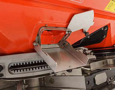 Standard and Optional Equipment Kubota DSM SERIES Medium Spreader